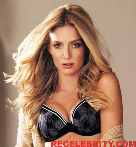 Annabelle Wallis Nude Sex Videos And Sexy Lingerie Photos
